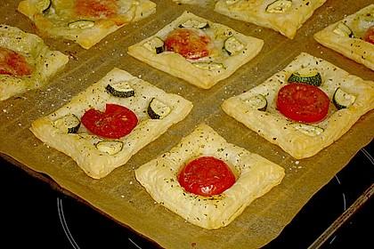 Blätterteig - Tomaten - Quadrate 200