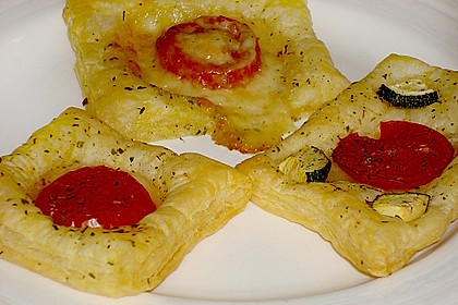Blätterteig - Tomaten - Quadrate 108