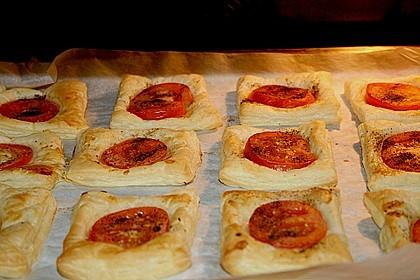 Blätterteig - Tomaten - Quadrate 120