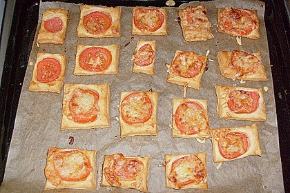 Blätterteig - Tomaten - Quadrate 230