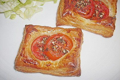 Blätterteig - Tomaten - Quadrate 90