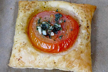 Blätterteig - Tomaten - Quadrate 64