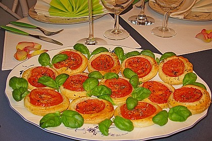 Blätterteig - Tomaten - Quadrate 24