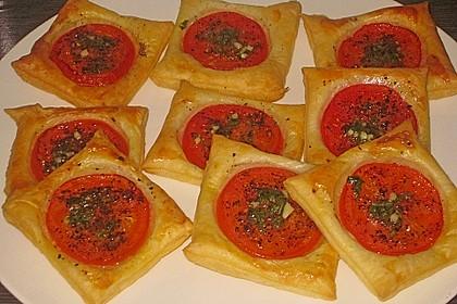 Blätterteig - Tomaten - Quadrate 50