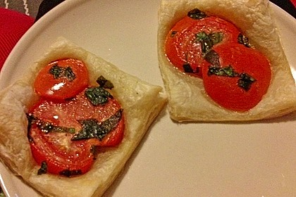 Blätterteig - Tomaten - Quadrate 227