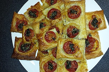 Blätterteig - Tomaten - Quadrate 94