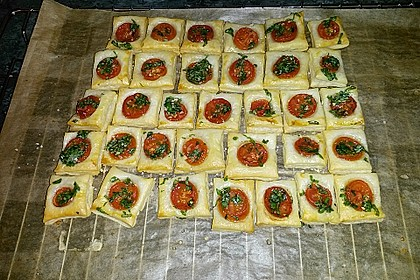 Blätterteig - Tomaten - Quadrate 136