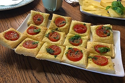Blätterteig - Tomaten - Quadrate 30