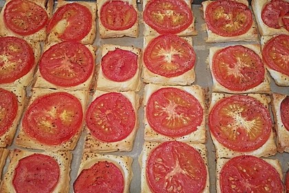 Blätterteig - Tomaten - Quadrate 100
