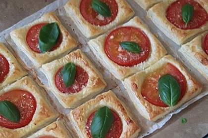 Blätterteig - Tomaten - Quadrate 46