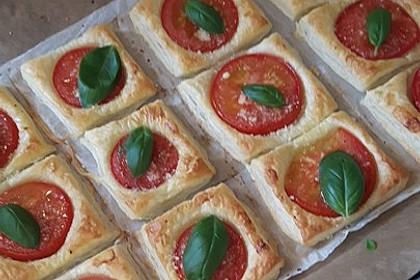 Blätterteig - Tomaten - Quadrate 45