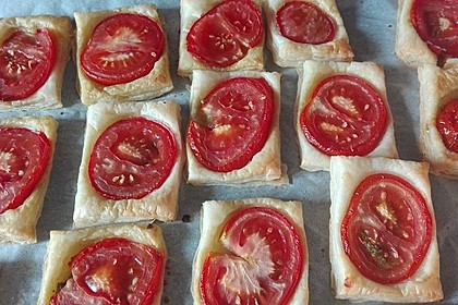 Blätterteig - Tomaten - Quadrate 145