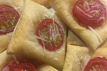 Blätterteig - Tomaten - Quadrate 114