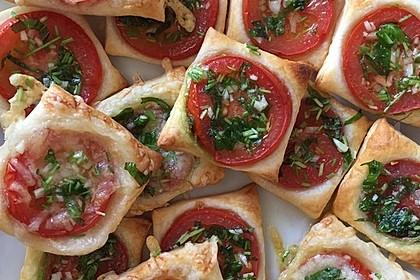 Blätterteig - Tomaten - Quadrate 60