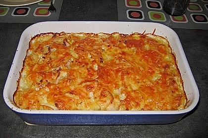 Sahniges Kartoffel - Fleischwurst - Gratin 9