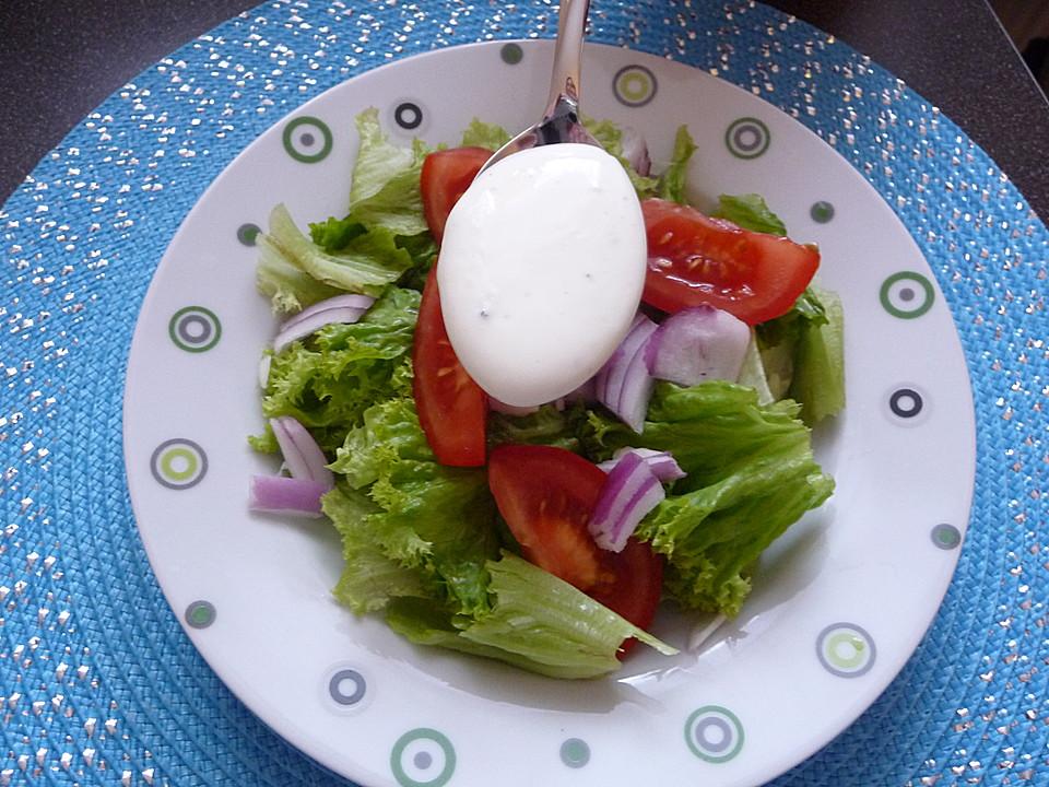 salat mit saure sahne zitronen dressing rezept mit bild. Black Bedroom Furniture Sets. Home Design Ideas