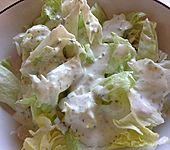 Salat mit saure Sahne - Zitronen - Dressing