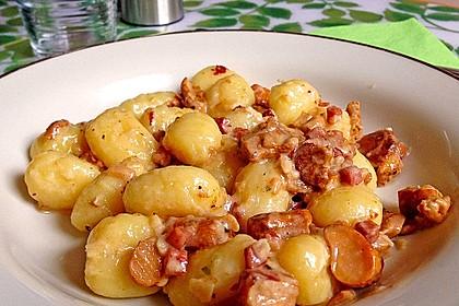 Gnocchi mit Pfifferlingen und Salbei 2