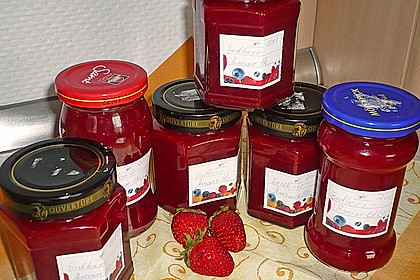 Erdbeermarmelade mit Amaretto 4