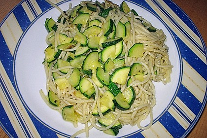 Zucchini - Nudeln 1