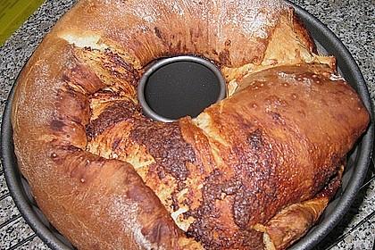 Kärntner Reindling mit  karamellisierter Zuckerkruste 54