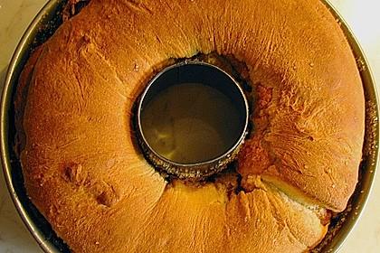 Kärntner Reindling mit  karamellisierter Zuckerkruste 32
