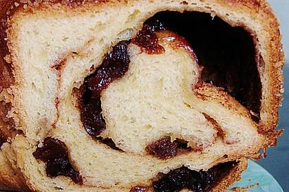 Kärntner Reindling mit  karamellisierter Zuckerkruste 21