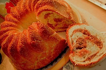Kärntner Reindling mit  karamellisierter Zuckerkruste 27