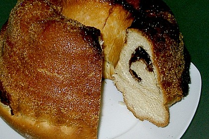 Kärntner Reindling mit  karamellisierter Zuckerkruste 67