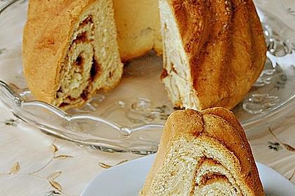 Kärntner Reindling mit  karamellisierter Zuckerkruste 5