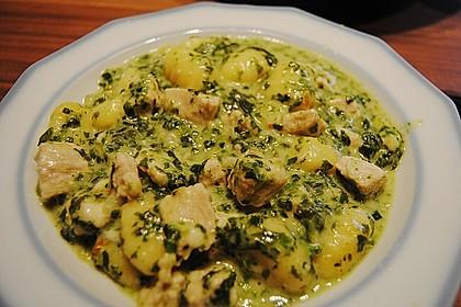Gnocchi - Spinat - Auflauf mit Hähnchen und Curry 2