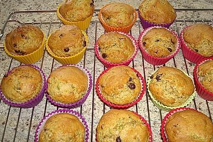 Zucchini Muffins mit saurer Sahne 16