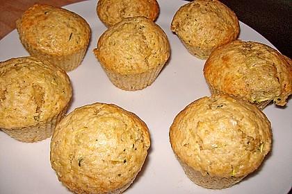 Zucchini Muffins mit saurer Sahne 10