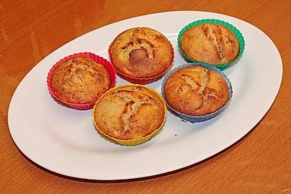 Zucchini Muffins mit saurer Sahne 32