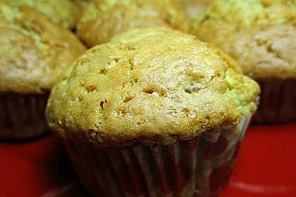 Zucchini Muffins mit saurer Sahne 13