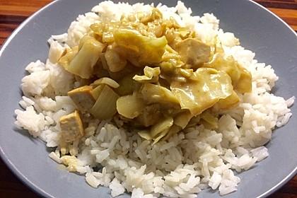 Spitzkohl mit Tofu und Erdnusssauce 2