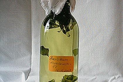 Basilikum - Knoblauch Öl 3
