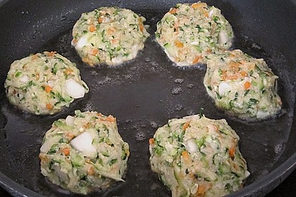 Zucchini-Frikadellen 20