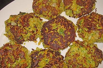 Zucchini-Frikadellen 8