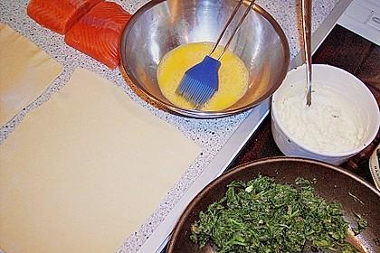Blätterteigpäckchen mit Lachs, Schafskäse und Spinat 20