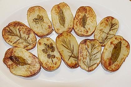 Ofenkartoffeln mit frischen Kräutern 6