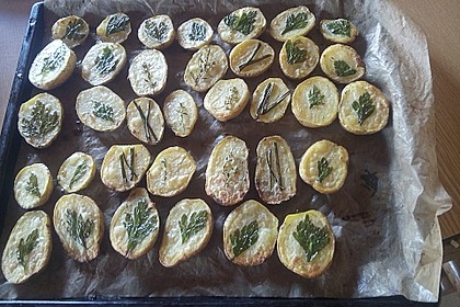 Ofenkartoffeln mit frischen Kräutern 33