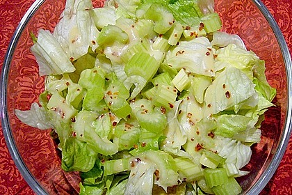 Einfache Salatsoße für Blattsalate 10