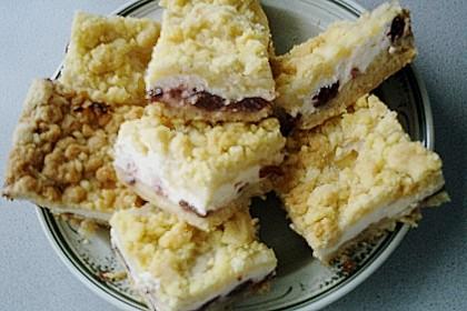 Schneller Quark-Streuselkuchen mit Obst 220