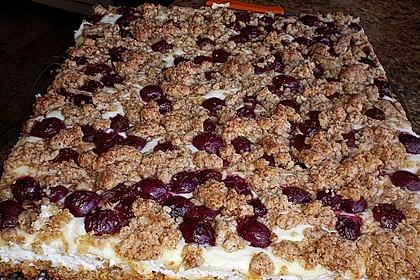 Schneller Quark-Streuselkuchen mit Obst 227