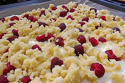 Schneller Quark-Streuselkuchen mit Obst 136