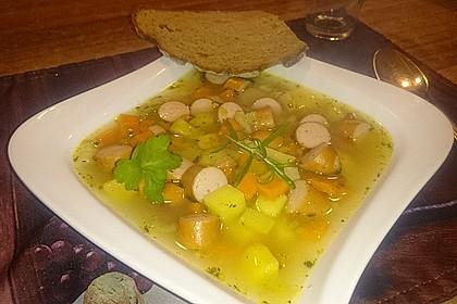 Cremige, aber diättaugliche Kartoffelsuppe mit Thymian und Käse 21
