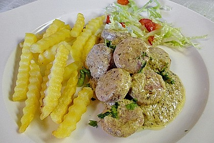 Grobe Bratwurst in Senf - Sahne - Sauce