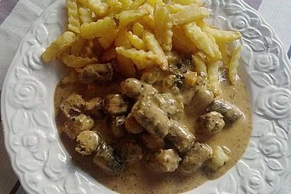 Grobe Bratwurst in Senf - Sahne - Sauce 16