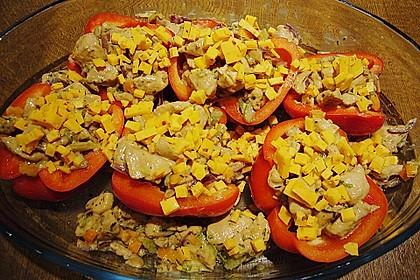 Gefüllte Paprika mit Huhn und Hüttenkäse 2